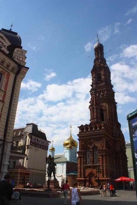 Колокольня Богоявленской церкви на улице Баумана